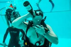Шампанское под водой